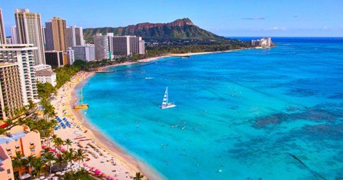 ハワイのビーチの超定番「ワイキキビーチ」のすべてを徹底解説! | 地球の歩き方ニュース&レポート | ダイヤモンド・オンライン