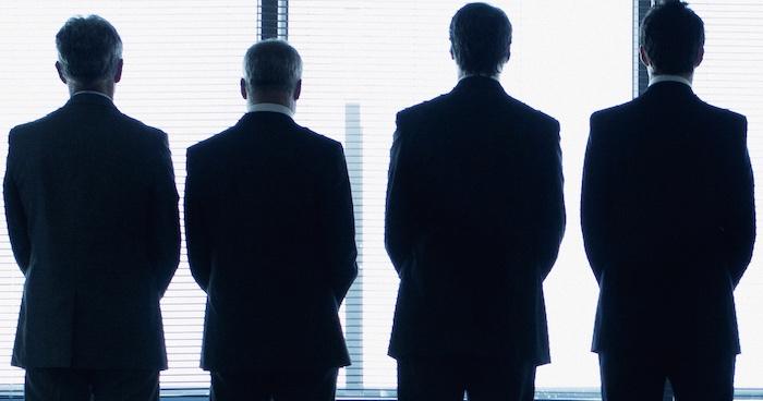 【覆面座談会】銀行員も知らない世界、地銀の市場運用担当者の悲哀
