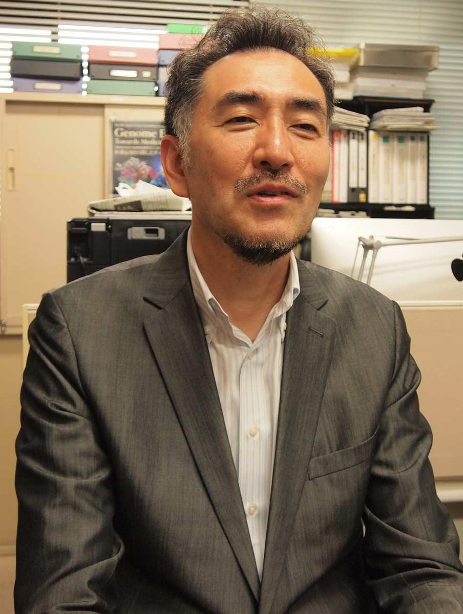 山本卓教授