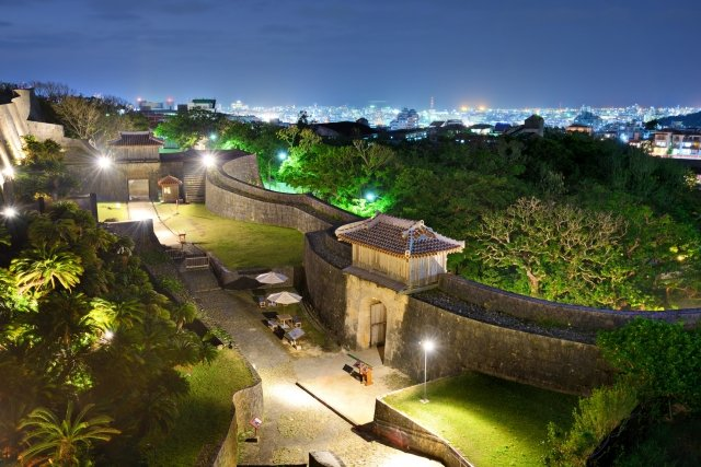 再建を目指す首里城