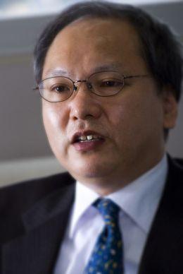 福田慎一 東京大学大学院経済学研究科教授<br />日銀は物価目標を引き上げよ