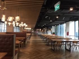 シンガポールの某インター校のカフェテリア