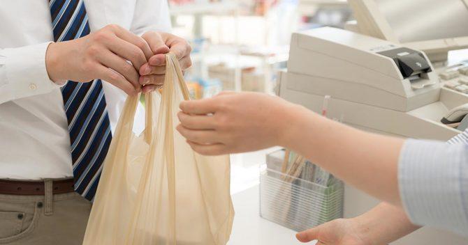 コンビニがレジ袋有料化で大喜びする理由 | 重要ニュース解説「今を ...