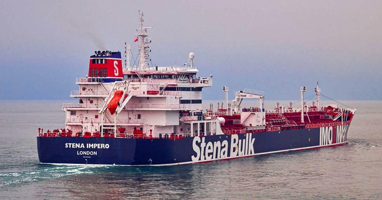 ホルムズ海峡緊張、イランは軍事・外交両にらみか