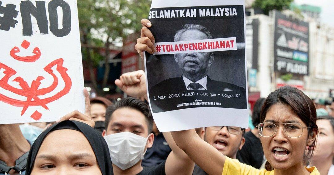 マレーシア経済は政争とコロナ禍で減速に拍車、通貨も株価も下落