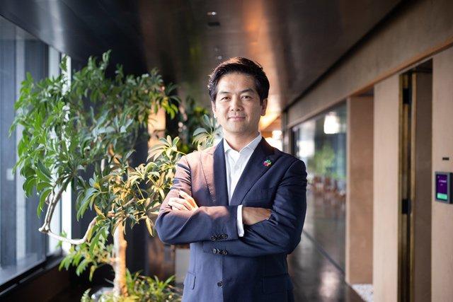 佐々木 聖治(ささき せいじ)Slack Japan 日本法人代表 米ワシントン大学にて国際経営学の学士号を取得。米SuccessFactors Inc.日本法人社長、SAP Japan人事人財ソリューション事業統括本部長、米セールスフォース・ドット・コム日本法人エンタープライズビジネス部門の戦略アカウントマネジャーを経て、2018年2月よりSlack Japanのカントリーマネジャーに就任し、日本の事業責任者および代表としてSlack Technology Inc.の地域事業統括及び日本での拡大展開を指揮する。