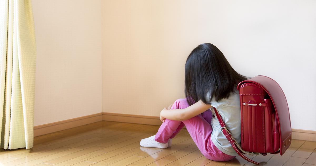 悪ふざけ男児を怒鳴った父が勾留!欧米の児童虐待の常識