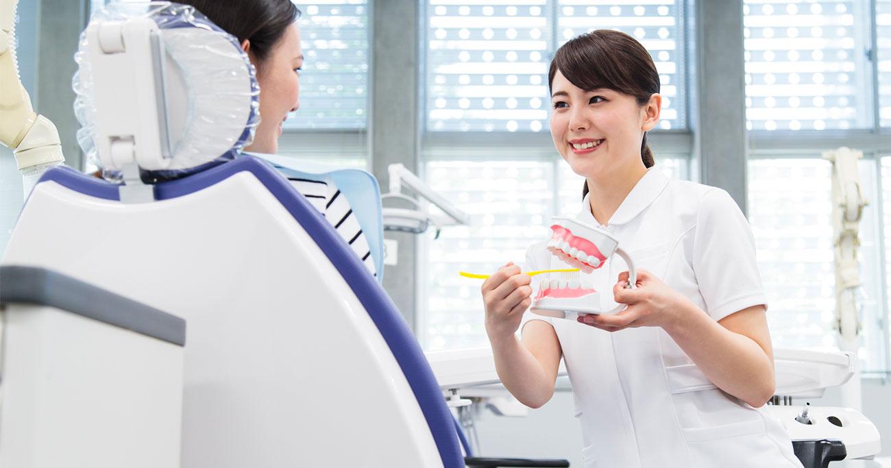 """歯科衛生士の""""容姿""""や""""人数""""が歯科医院の実力に関係する?"""