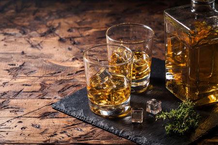 終売や休売になった銘柄と、似たような味わいのウイスキーを探すことは可能です。