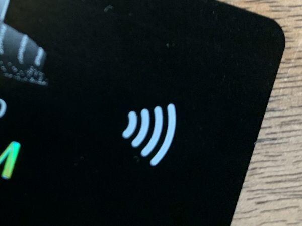 クレジットカードのコンタクトレス決済のマーク
