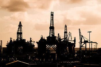世界の2大危機「原油暴落と金利水没」<br />にノアの方舟は現れるか?