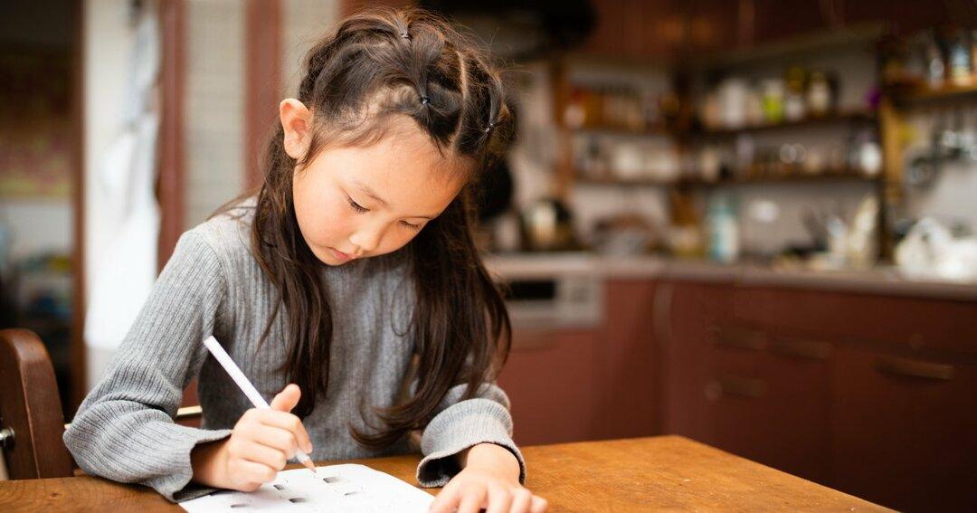 女の子の学力アップは「勉強に没頭できる環境づくり」で9割決まる