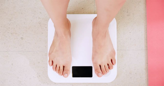 「緊急事態宣言ダイエット」のすすめ、規則正しい生活が送れない人へ
