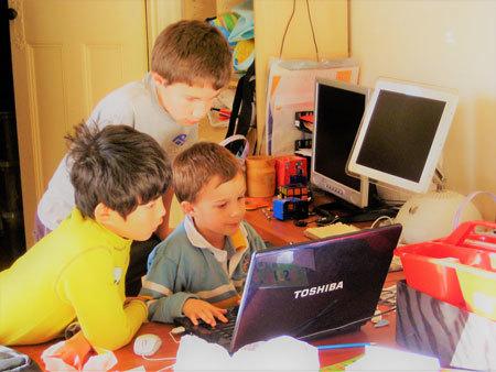 2020年度からの新学習指導要領で、小学校でのプログラミング教育が必修化されます。