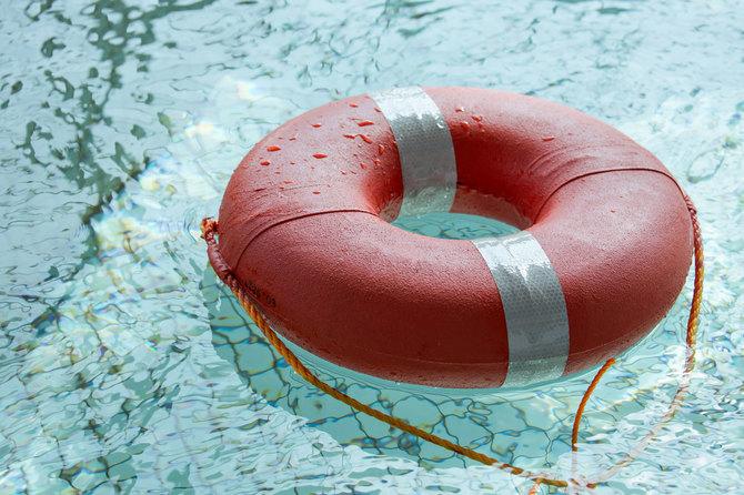 水に落ちたらどうすべきか?