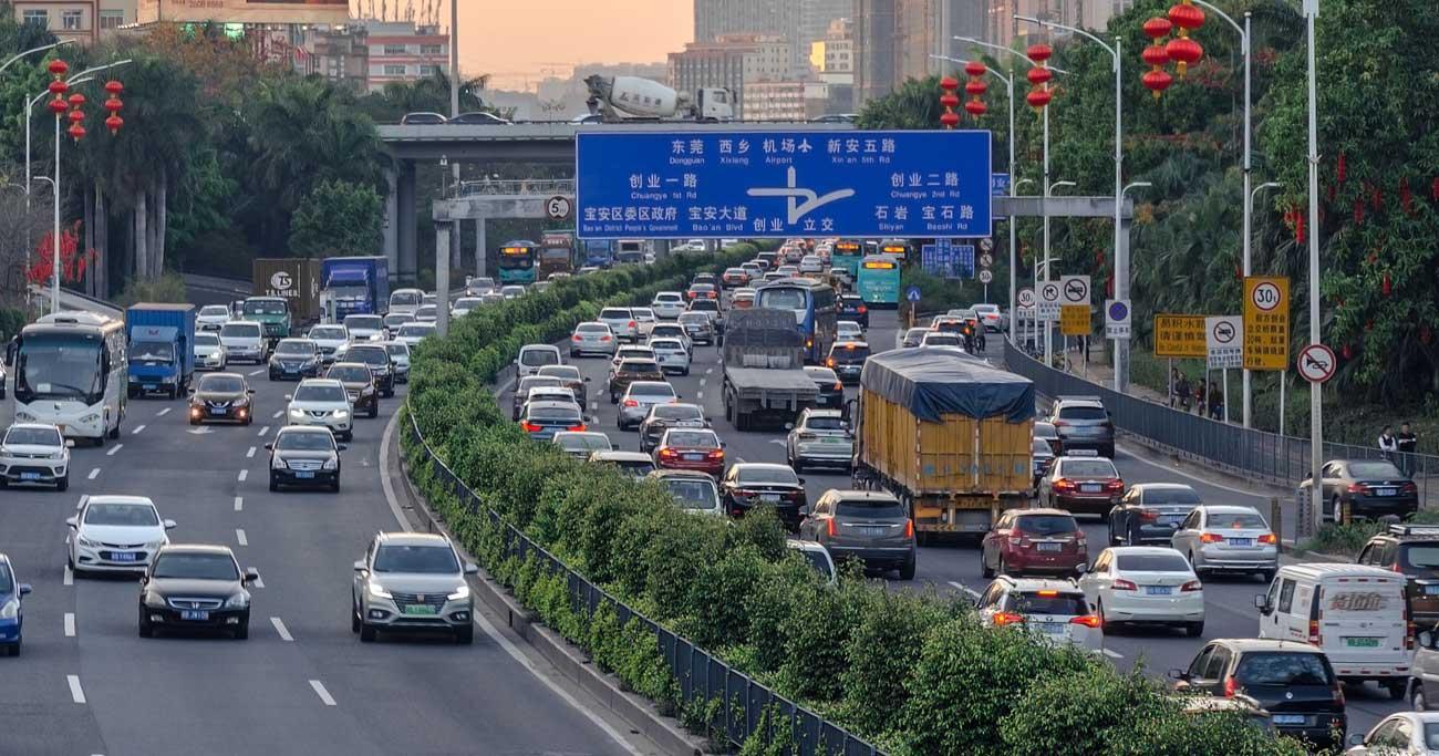 中国の新エネルギー車政策が急転換、ルノーやトヨタが現地企業活用へ
