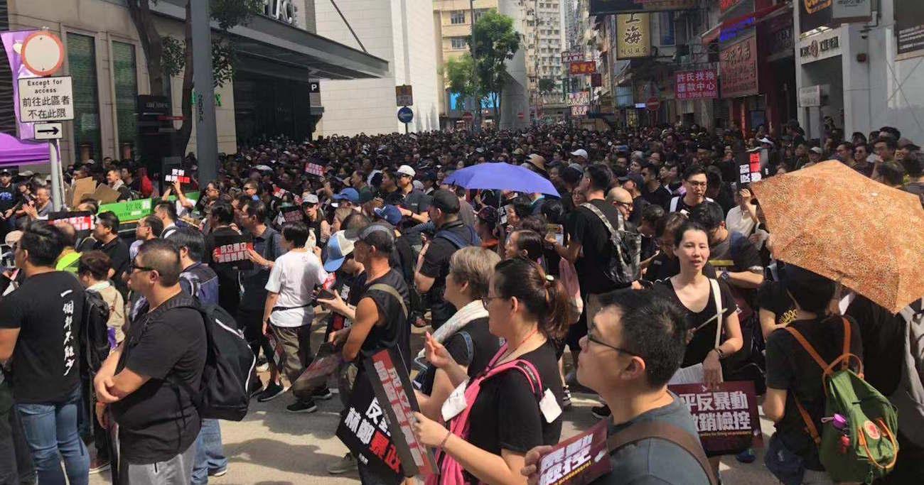 中国人民解放軍は香港情勢に「介入」するか?