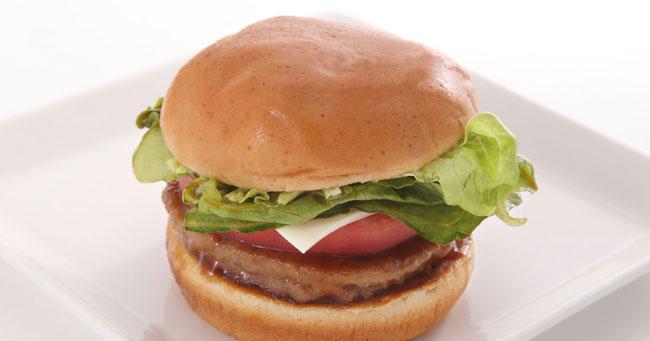 ハンバーガーを注文したらステーキが!海外の飲食店で失敗する人の特徴
