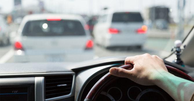 「あおり運転」による大事故リスクを回避する5つの解決策