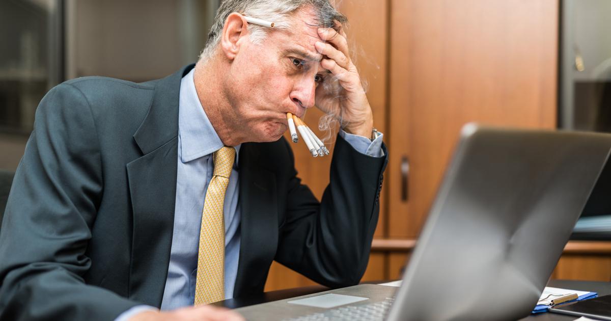 飲食店を全面禁煙にすると人々の健康や店の売上はどうなるのか