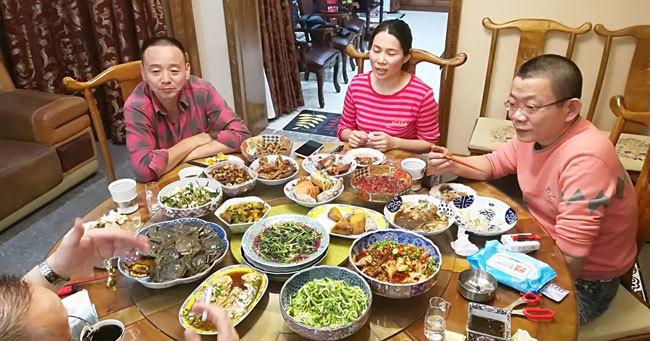 約300店舗展開する中国最大規模の和食チェーン『大漁グループ』の総帥の丁家順の自宅