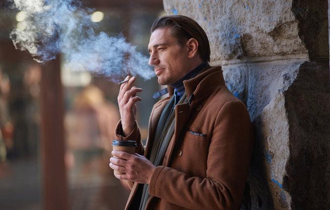 欧米や中国、ロシアでは屋外にたくさん喫煙所がある