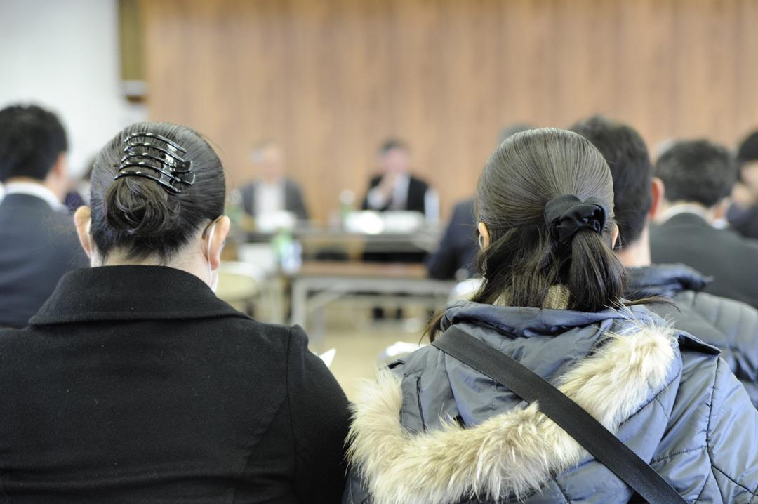津波生存者の証言がないまま中間報告へ<br />大川小遺族に募る検証委員会への不安とモヤモヤ感