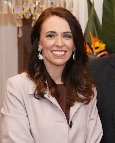 2期目のアーダーン政権は、議会の過半数の議席を得るなどニュージーランド国民からの信頼も厚い
