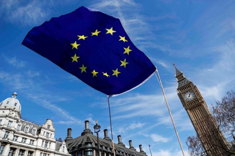 EU、予算見直し議論へ 英離脱で財源縮小