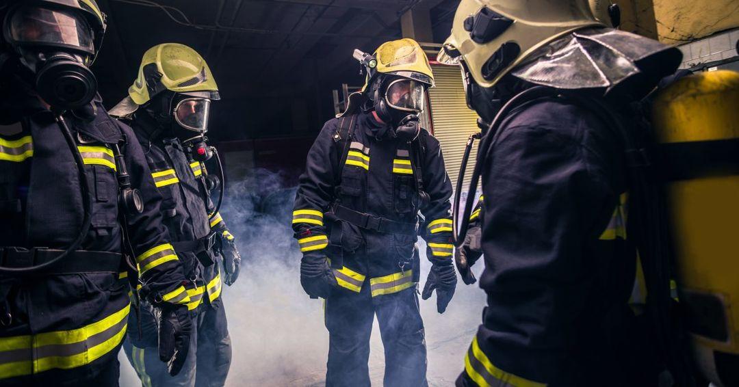 隊員たちが一緒に食事をとる消防署は、そうでない消防署より消防活動の成果が2倍高い理由とは?
