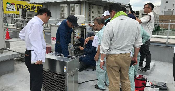 大阪・梅田の商業施設で行われた非常用発電機の負荷運転試験