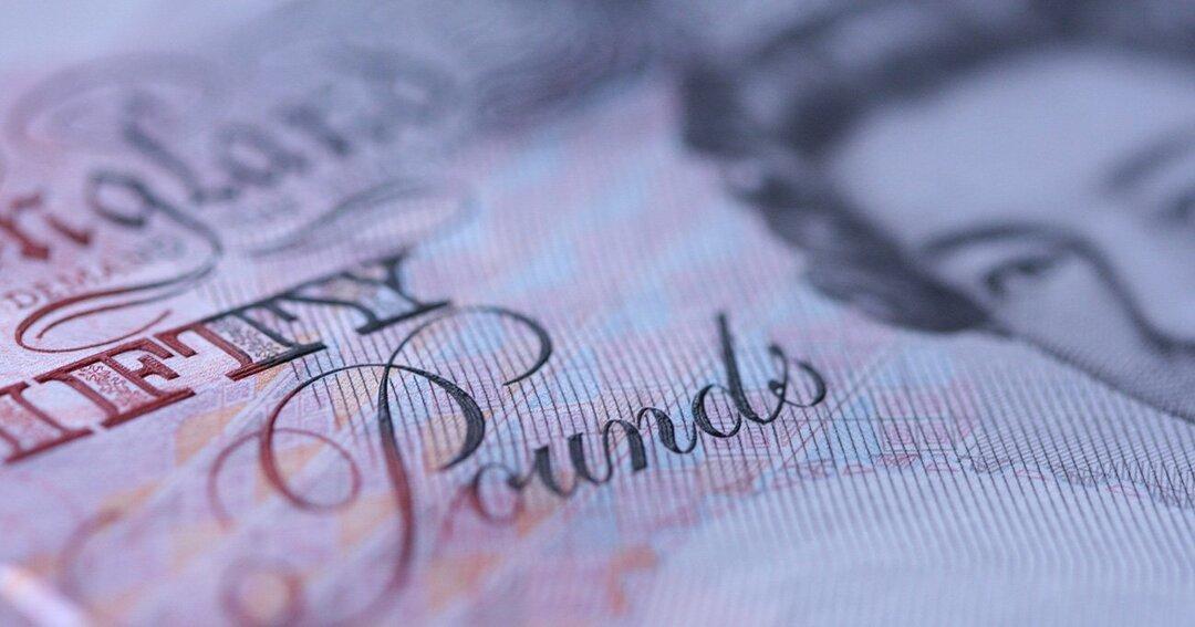 EU離脱や新型コロナで財政拡張へ、英国が抱える「ポンド安」リスク