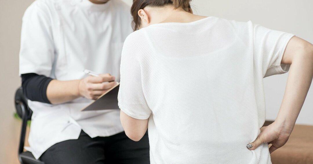 原因不明の腰痛、股関節のせいかも?整形外科に行くべき3つの症状とは