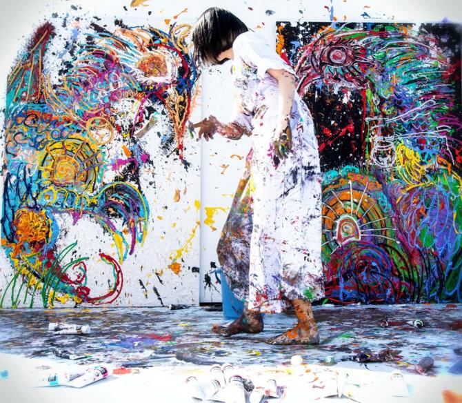 現代アーティスト小松美羽がライブペイントを行う理由