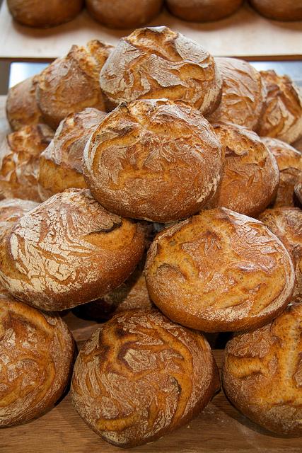 """西洋の味がいつのまにか""""日本の味""""に <br />地産地消で変わりはじめた「日本のパン食」のいま"""