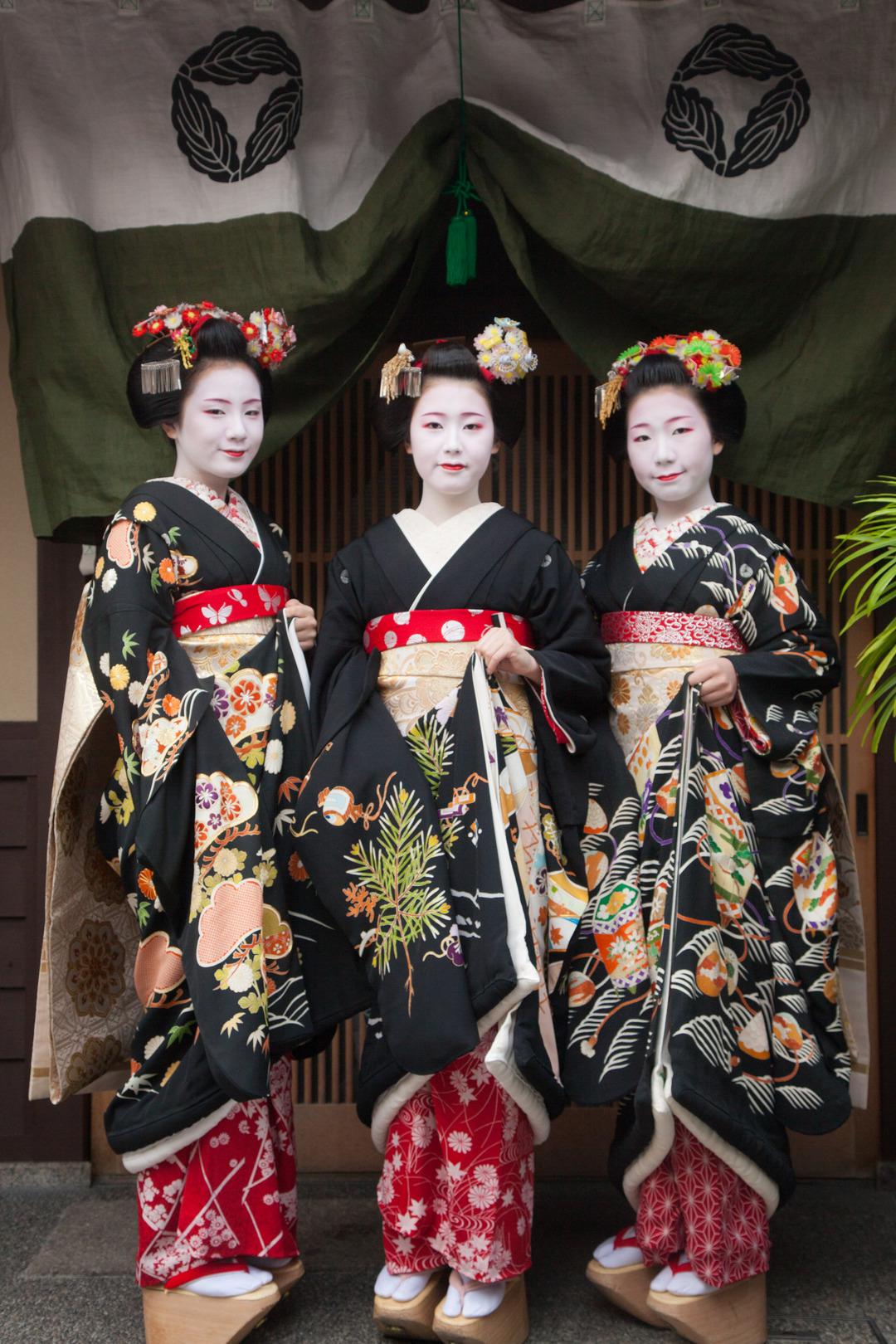 京都・花街の始業式