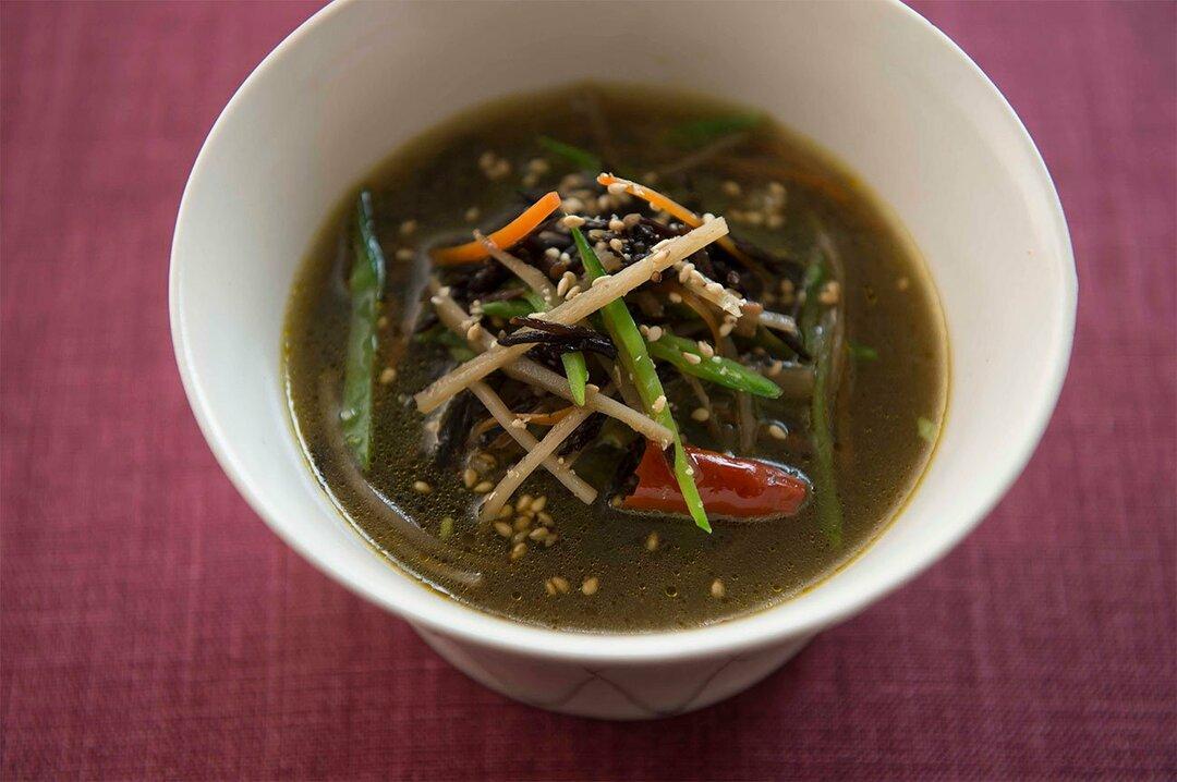 日本人が健康に生きるための<br />マルチミネラルな長寿スープとは?