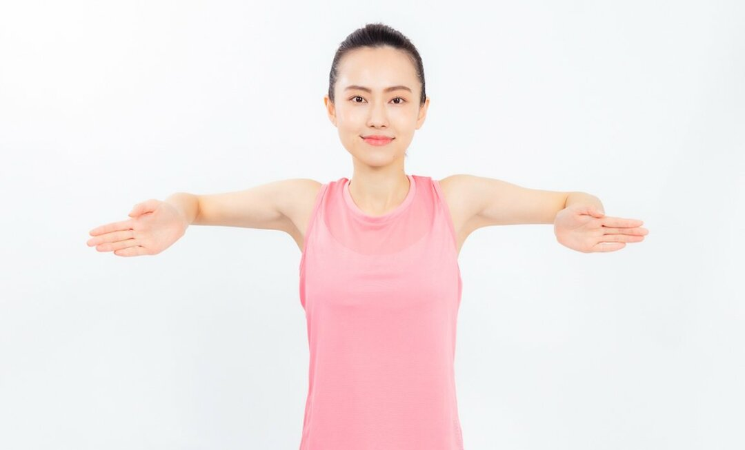 肩甲骨がガチガチの方にやっていただきたい体操です