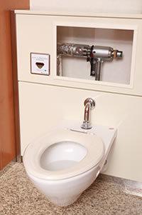 トイレの水道料金を半減させる「驚異の節水バルブ」<br />大手もマネできない技術で中国トイレ市場に本格展開<br />――木村技研 木村朝映副社長、青山恵美取締役に聞く