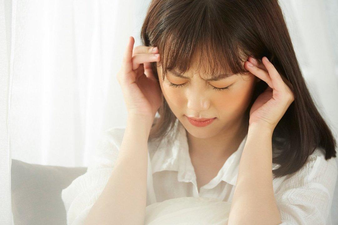21世紀型頭痛が増加中、青魚を食べて改善を