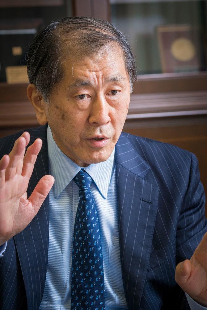 田中愛治早稲田大学総長