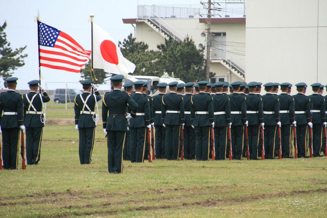 自衛隊は憲法上は「軍隊ではない」ですが、果たす機能は軍隊そのものです。