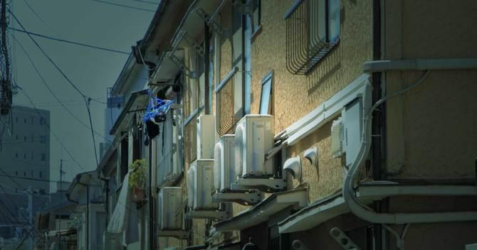 貧困ビジネス規制の名のもとで進む、ほぼ一億総「住宅弱者化」