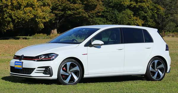 VW新ゴルフGTI、人に寄り添って走る「7代目」【試乗記】