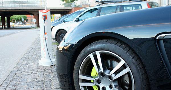 ドイツの電気自動車の充電施設