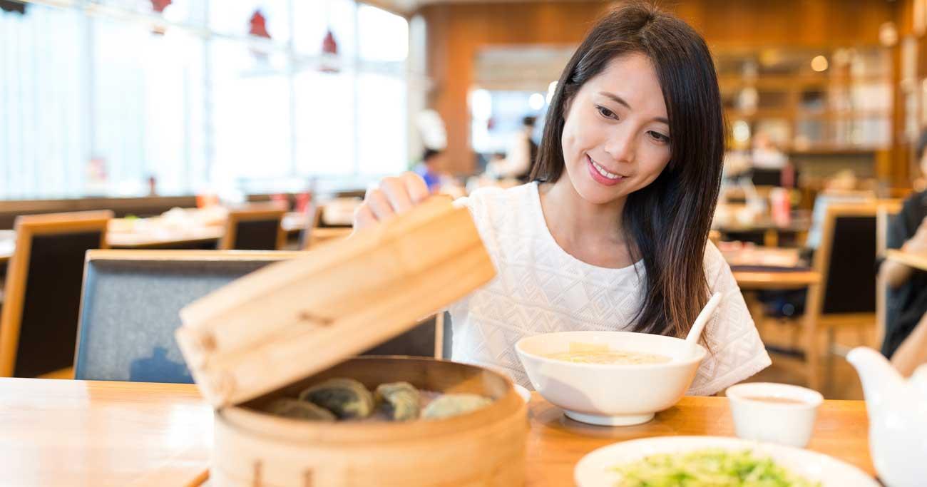 """中国でも「おひとり様消費」が過熱、若者が""""愛""""を信じなくなった理由"""