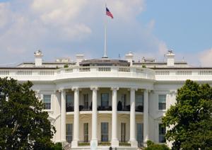 トランプvsクリントン<br />米国民が望むのは孤立主義か世界のリーダーか