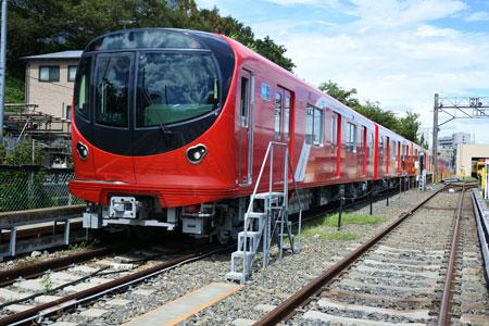丸ノ内線に帰ってきた「赤い電車」