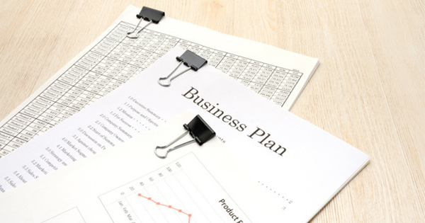 ビジネス文書に「形容詞・副詞」はいりません。