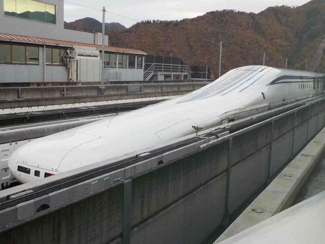 リニア中央新幹線の実験車両